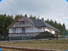 Valbový krov střechy novostavby rodinného domu Slavošovice (Klatovy)
