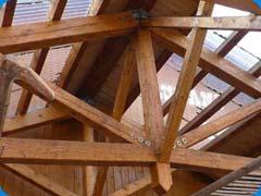Konstrukční vazníkový krov střechy COUNTRY SALOON Klatovy - Beňovy